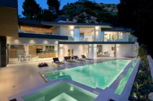 Hollywood Hills Window Clenaing